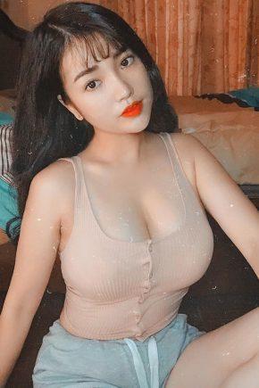 Vietnamese Young Sister Nhung Pham Big Boobs Photos